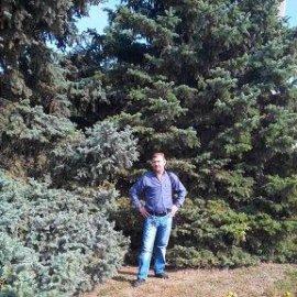 Мужчина познакомится с женщиной в городе Морозовск, александр, 57 лет