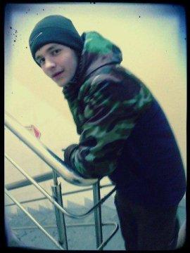 Парень познакомится с девушкой в городе Архангельск, Илья, 23 года