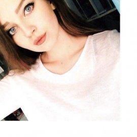 Девушка познакомится с парнем в городе Екатеринбург, Дарья, 23 года