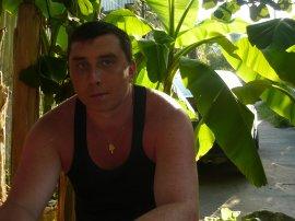 Мужчина познакомится с женщиной в городе Новомосковск, Дмитрий, 37 лет
