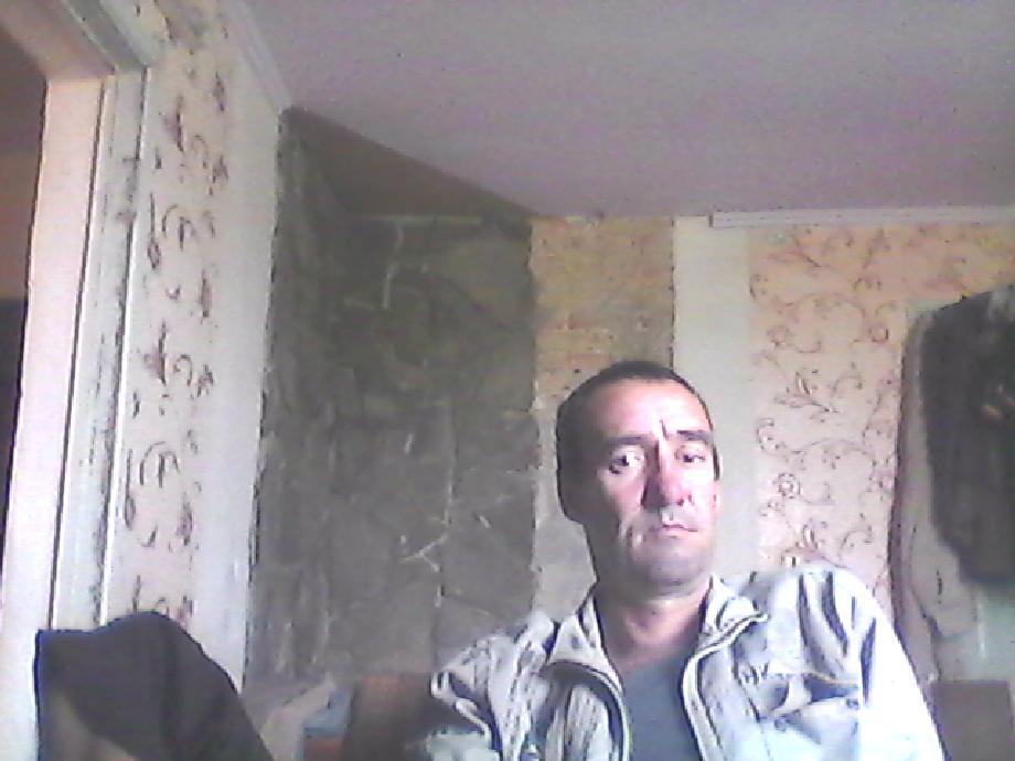 user613, демьян, 41, Нижнегорский