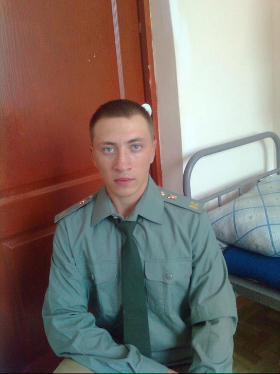 user940, олег, 23, Ростов-на-Дону